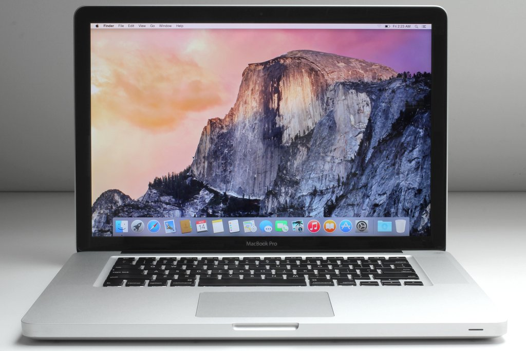 15.4 inch Apple MacBook Pro Intel C2D 2.53G 4G 250G OSX 10.11